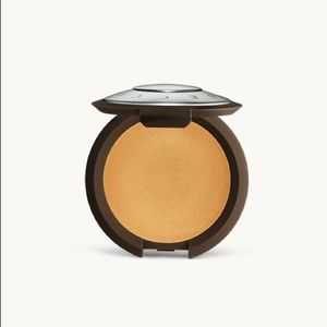 ⭐️Becca Shimmering Skin perfector creme highlight